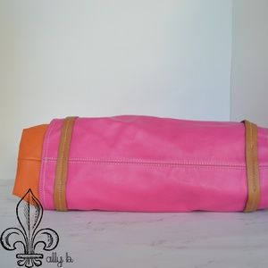 Neiman Marcus Bags - 🧡Pink and Orange purse🧡